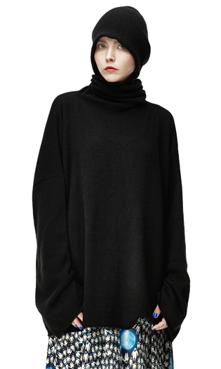 BLACK LONG SLEEVE CASHMERE TURTLENECK
